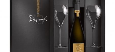 New 1 bottle and 2 glasses gift box